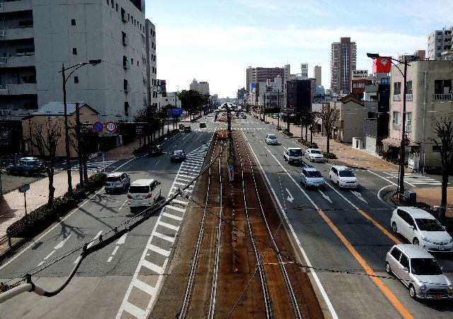 豊橋駅前8