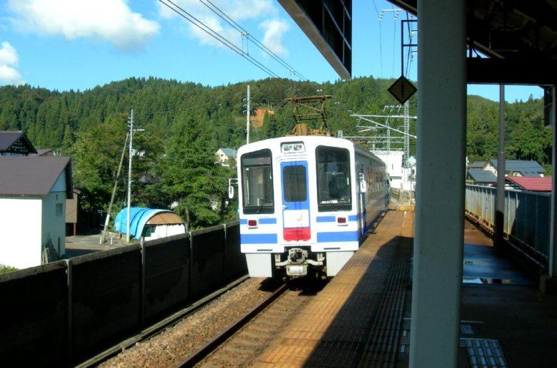 魚沼丘陵駅2