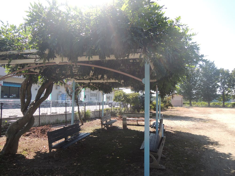 片岡駅_鶴ヶ池公園