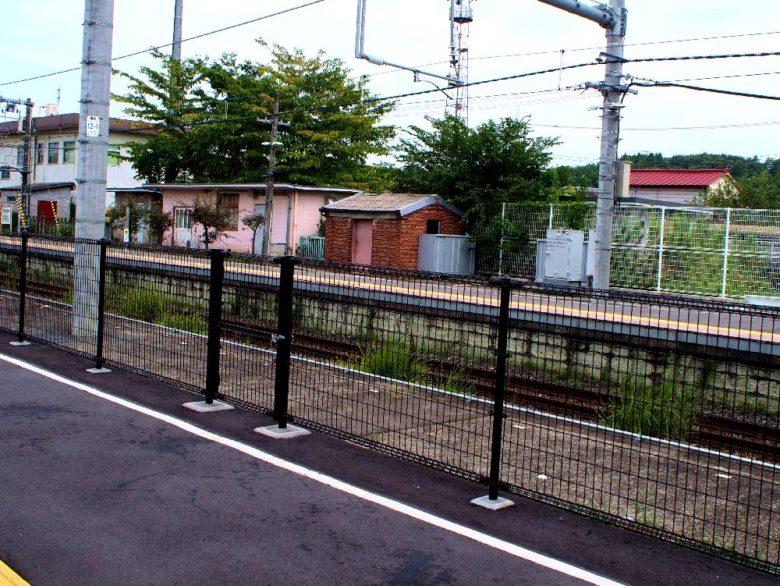 片岡駅_新駅舎のホーム