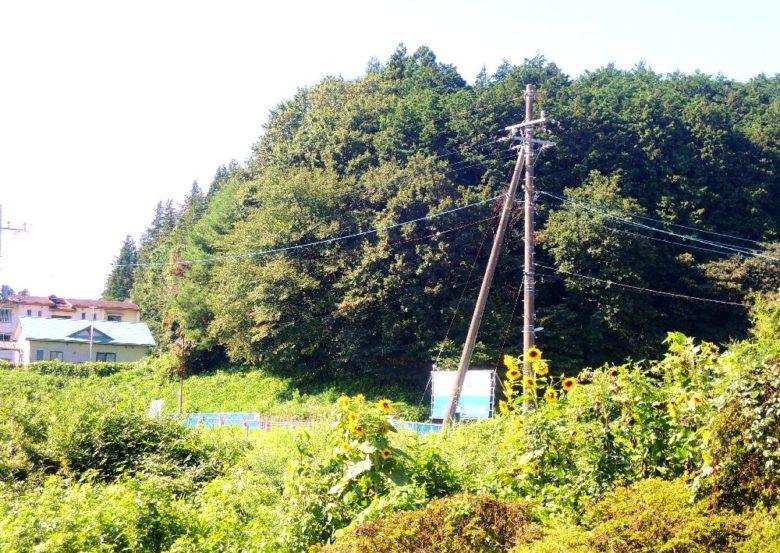 片岡駅_ホームから見た景色