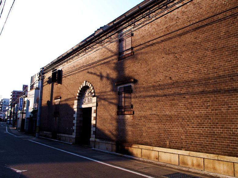 旧国武合名会社絣倉庫
